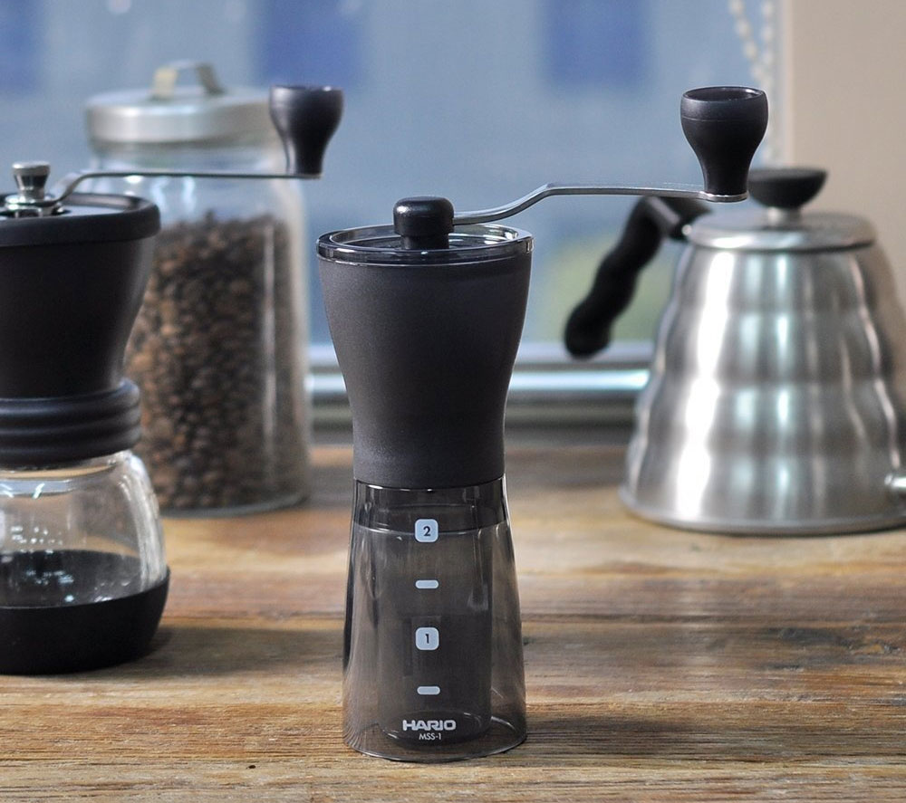 Mlýnek na kávu Hario Mini Slim Plus