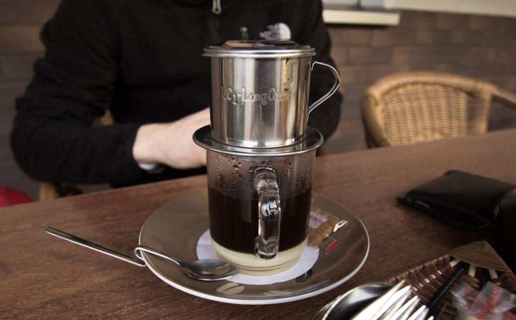 Vietnamská káva je silná a sladká