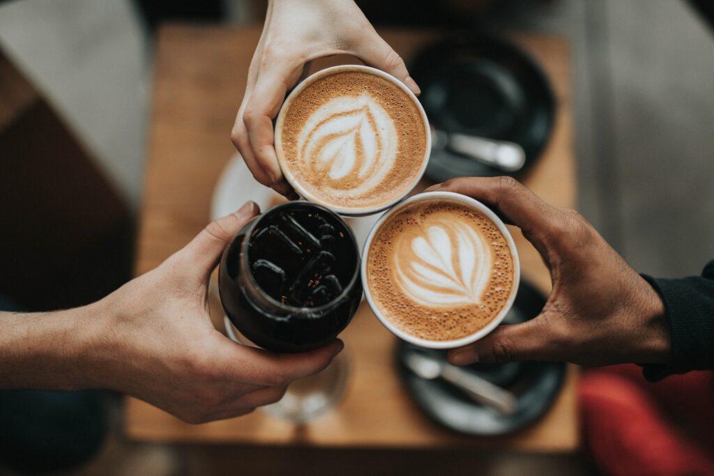 Jak připravit výbornou kávu a naučit se něco o luxusu?